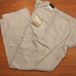 Men's trousers by St John's Bay